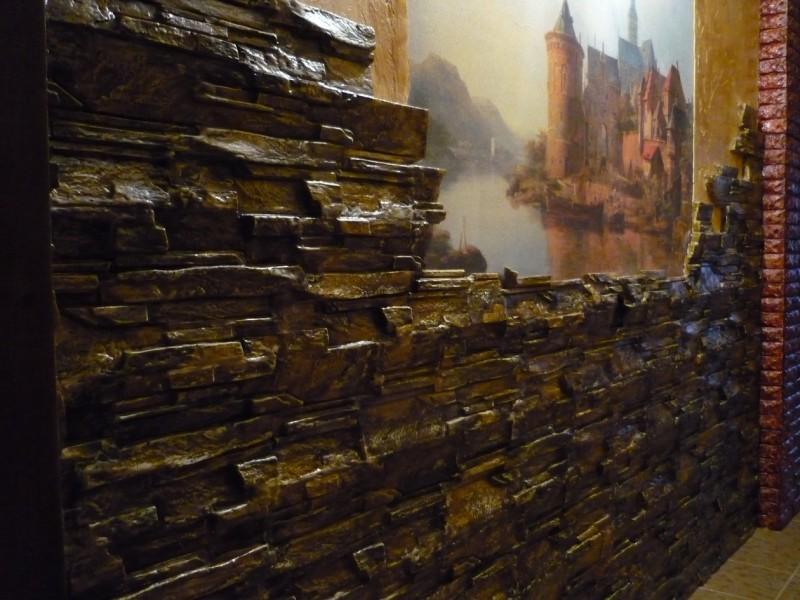 развалины замка старый камень