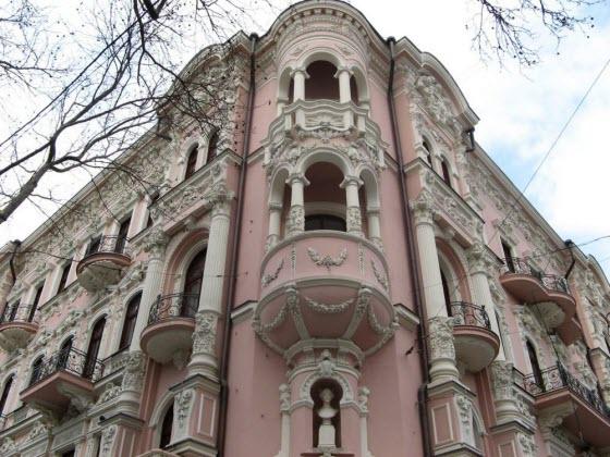 реконструкция и реставрация здан