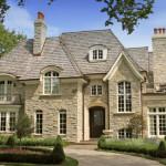 Какой материал выбрать для облицовки фасада дома